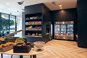 Lobby Market with snacks, drinks and sundries